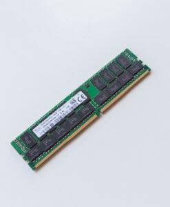 HP 32GB DDR4 registered ECC RAM PC4-2400T 805351-B21 819412-001 809083-091 Vorderseite für gebrauchte Server