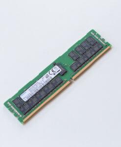 HP 32GB DDR4 registered ECC RAM 815100-B21 850881-001 840758-091 Vorderseite für gebrauchte Server